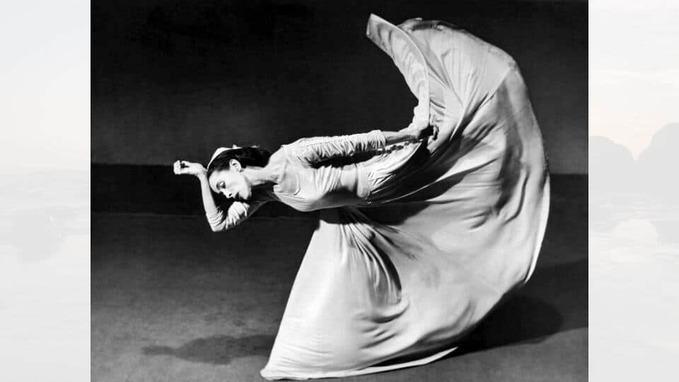 Martha Graham dancing