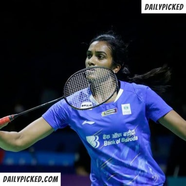 pv sindhu playing badminton