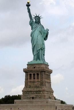 statue-of-liberty,-new-york-city